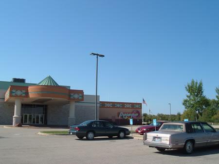 Parking lot at DeJope